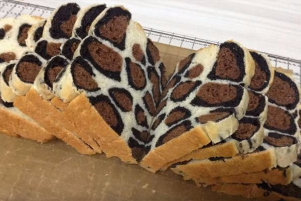 zenski-magazin-hleb-sa-leopard-sarama-97