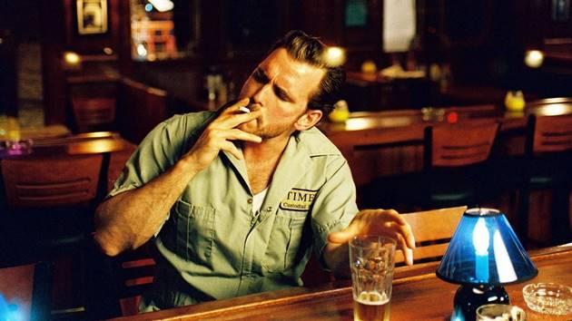 Što misliš da sada radi osoba iznad prikaži slikom - Page 20 Alergija-na-oceve-tipa-ustani-cerka-ti-place-ne-mogu-pijem-pivo-2