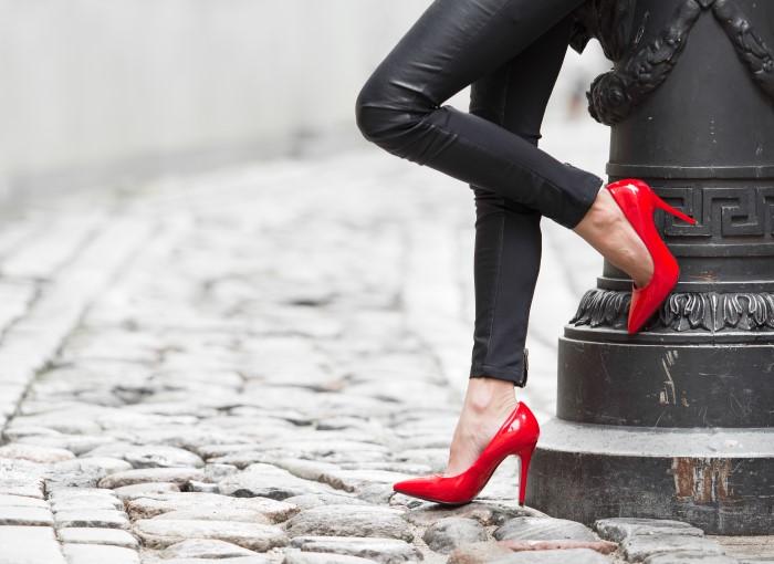 Žena cipelama osvaja svijet