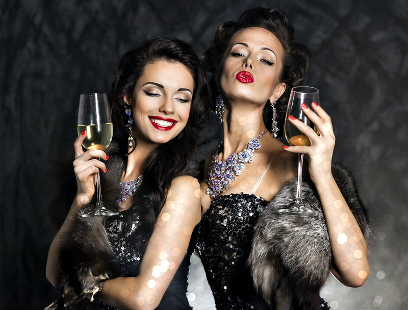 Blistave i elegantne u novogodišnjoj noći