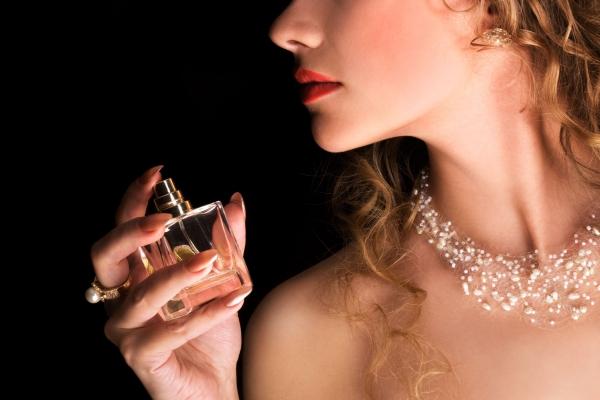 Otkriveno kakvi ženski mirisi (ne) privlače muškarce