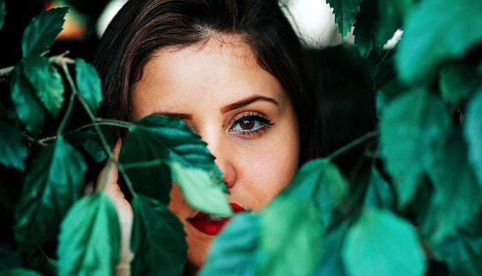8 razloga zašto su introverti neodoljivo privlačni: Prvi vas odmah osvaja!