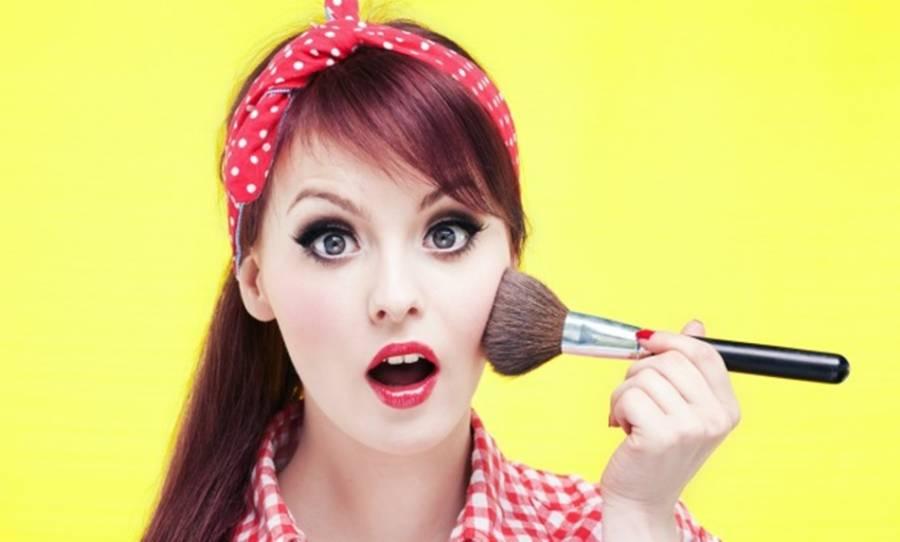 Šta biste vi poručile mlađoj sebi o šminkanju?