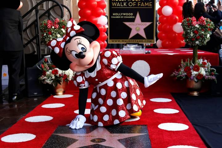 KONAČNO PRAVDA ZA MIŠICU: Minnie Mouse nakon 90 godina dobila je zvijezdu na Stazi slavnih