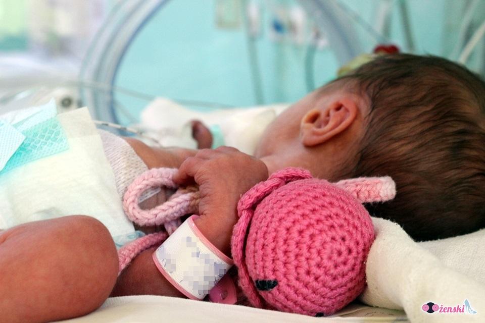 ŽENSKI.BA AKCIJA: Doniraj HOBOTNICU za ljepši početak života prijevremeno rođenih beba