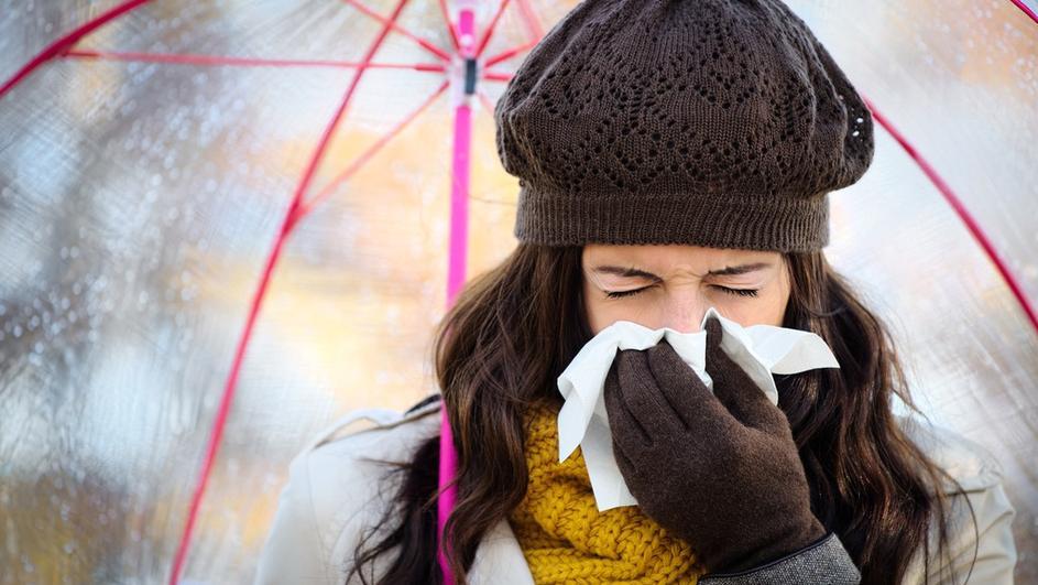 Evo zašto na hladnoći curi nos, pucaju usne, češće mokrimo…