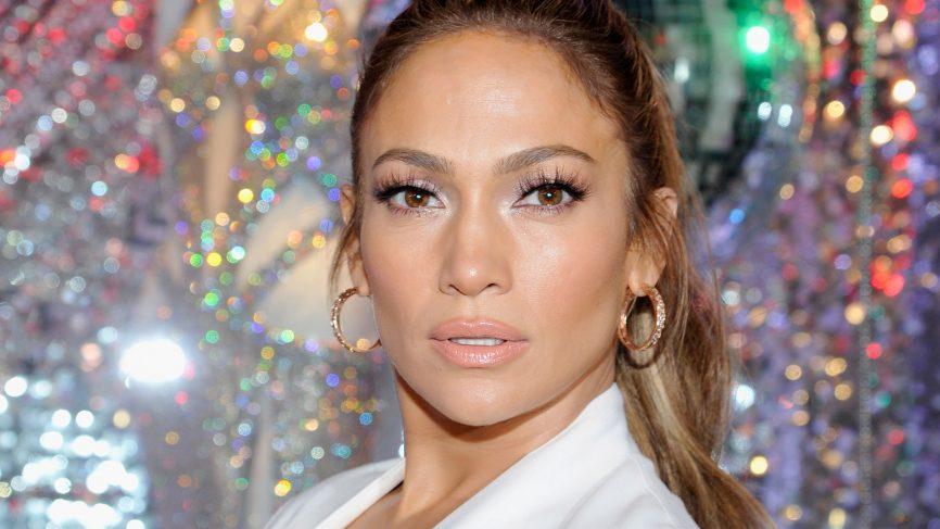 Četiri jednostavna koraka u beauty rutini prekrasne Jennifer Lopez