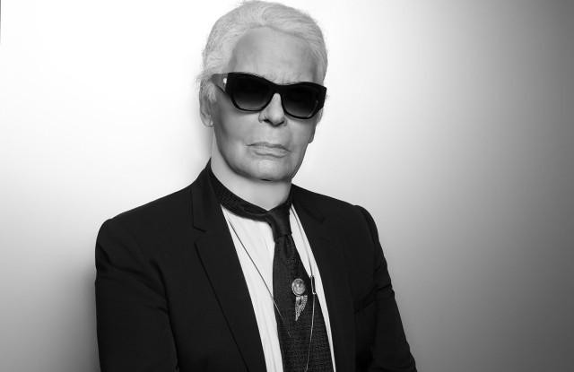 Preminuo modni mag Karl Lagerfeld