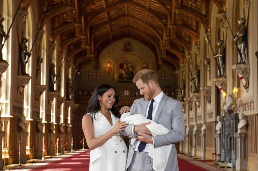 Pogledajte prve fotografije: Princ Harry i Meghan Markle svijetu pokazali svog sina
