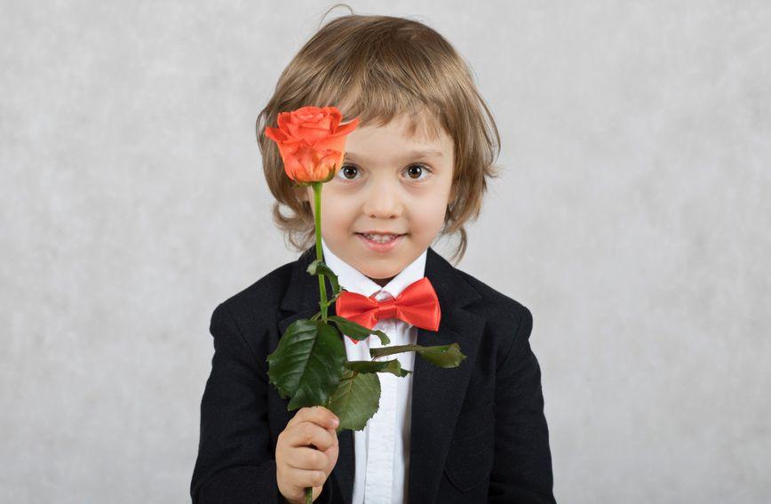 Bonton za malene: Kako naučiti djecu pristojnom ponašanju u svakoj dobi?