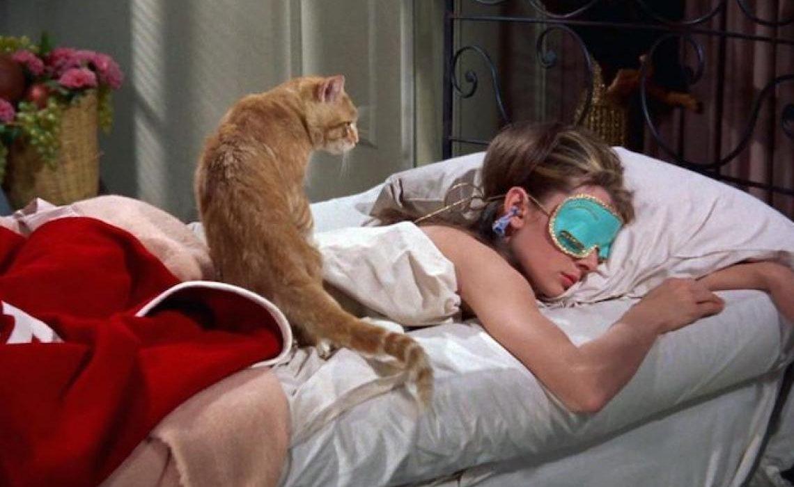 Zašto svi pričaju o spavanju na svilenim jastučnicama?