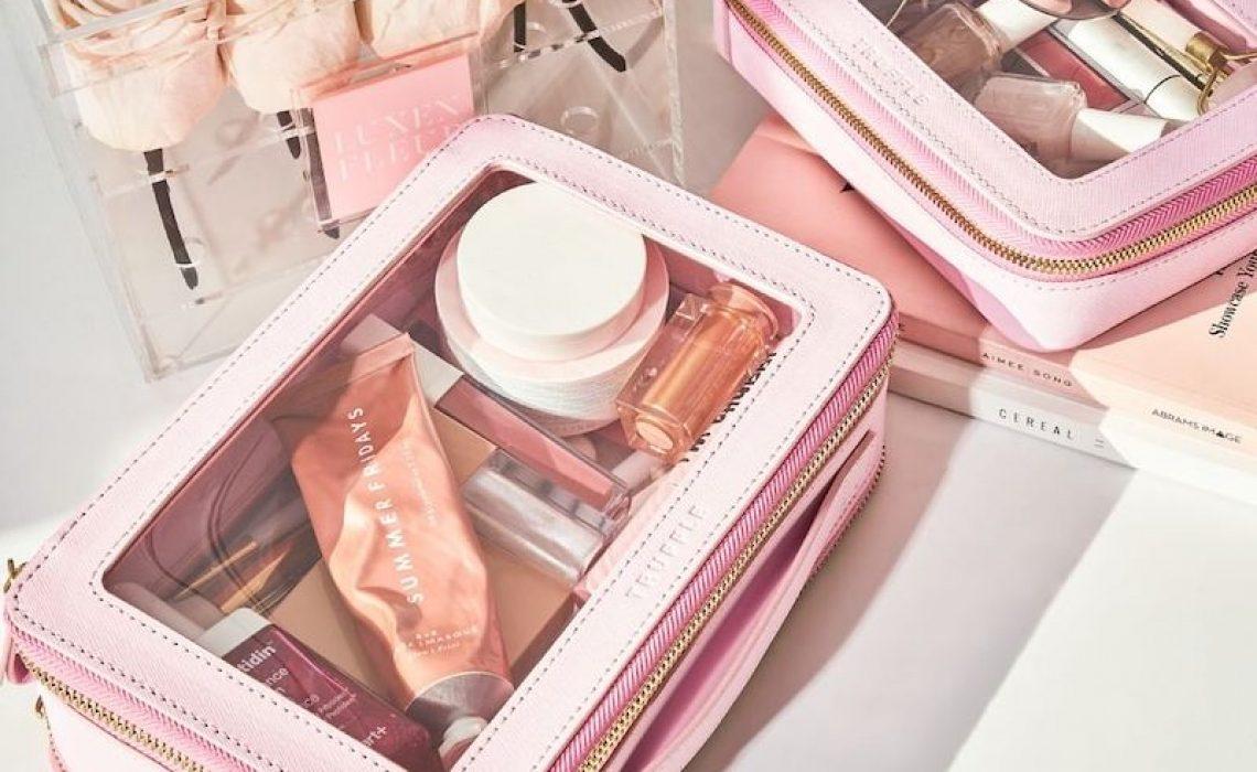 Kako spakirati kozmetičku torbicu za putovanje?