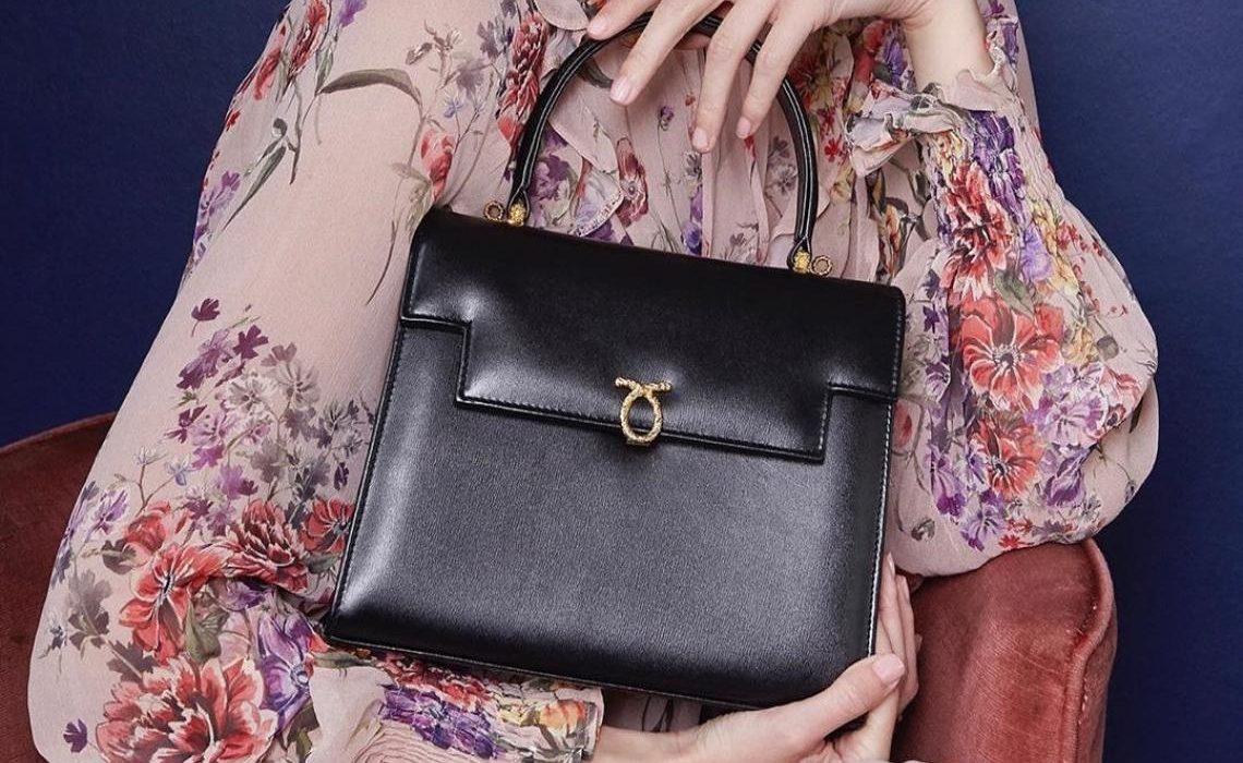 Sve o najdražem brendu torbi kraljice Elizabete koju obožavaju i influencerice