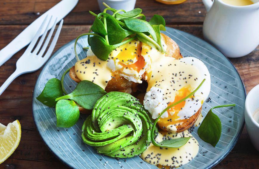 Na tanjiru za 10 minuta: Recept za kalorični doručak s kojim se mršavi