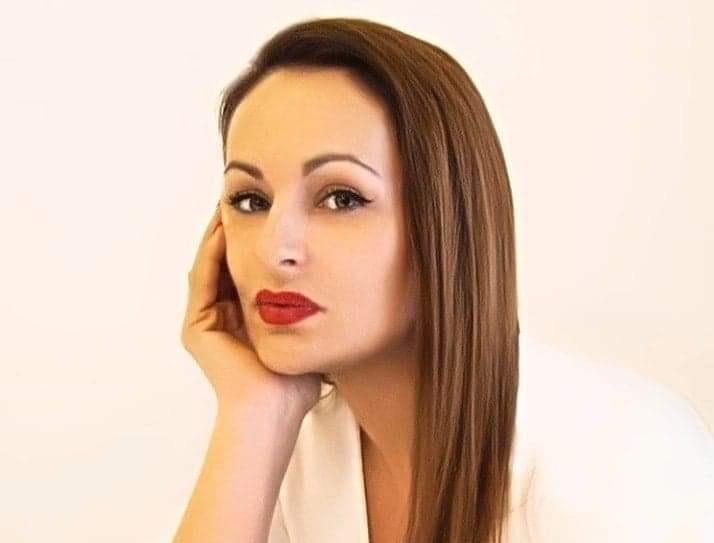 LJUBICA MULAOSMANOVIĆ – Danel fashion studio je spoj elegancije, kvalitete i luksuza
