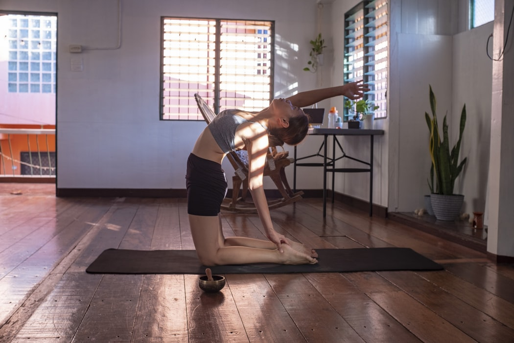 3 vježbe koje će vam pomoći smiriti jake menstrualne grčeve
