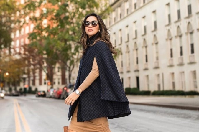 Street style inspiracija: 5 načina kako nositi pelerinu & shopping preporuka