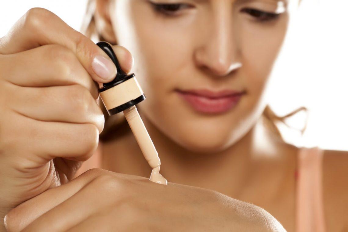 Beauty lekcije: Nanošenje tečnog pudera u nekoliko koraka