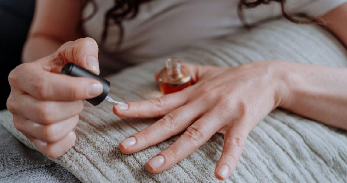 #Nailcare: Kako ojačati slabe i lomljive nokte?